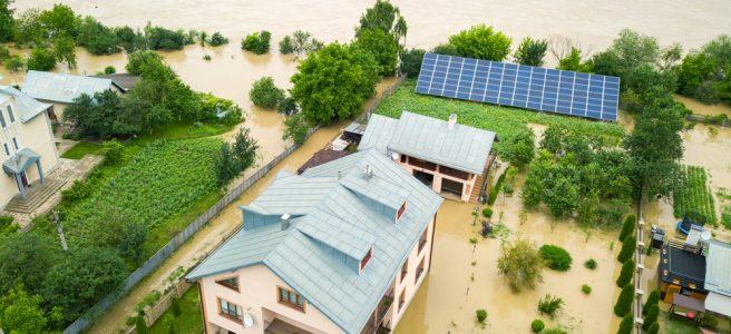 Überschwemmtes Wohngebiet